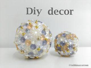 rubi. fotos de mis manualidades : Esferas decoradas . Desigual