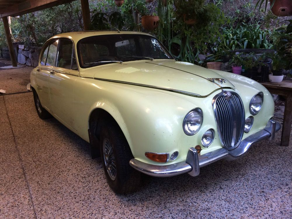 my 1964 'jaguar 3.8s' - later known as the 'jaguar s type' - is up