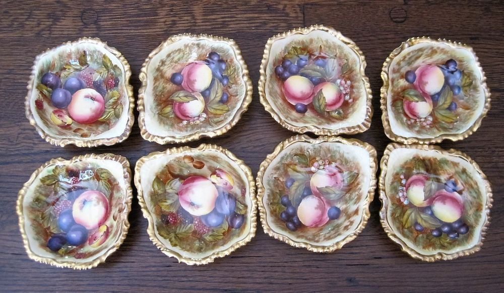 8 Vintage Aynsley Orchard Fruit Dessert Berry Bowls Gilt Edges Great Condition…