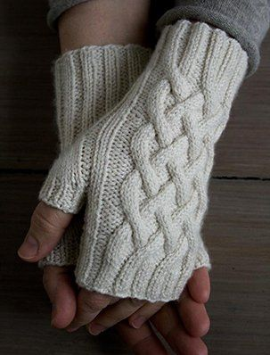 Photo of Traveling Cable Hand Warmers