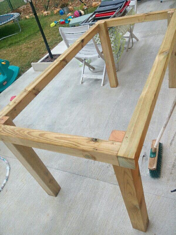 Diy D Co Fabriquer Une Table Basse En Bois Avec Des Tasseaux Cosmeticuprise Table De Jardin Bois Fabriquer Une Table Basse En Bois Table De Jardin