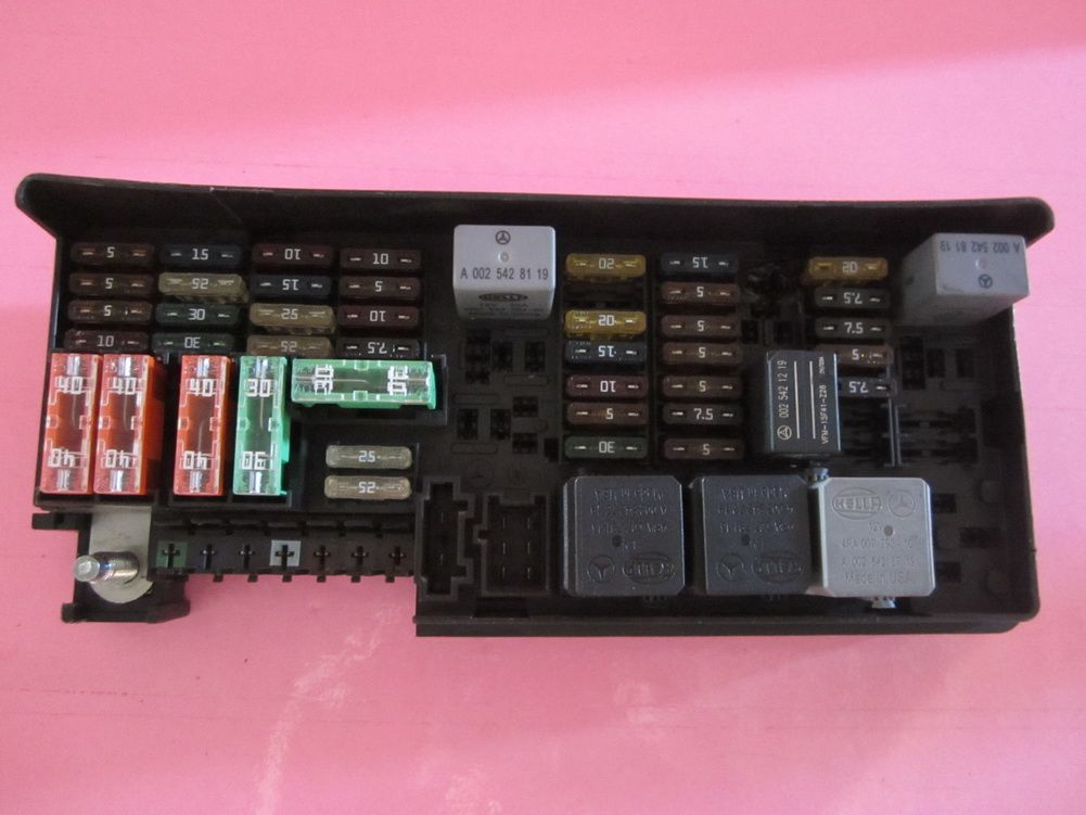 164 540 3373 Mercedes Benz Ml350 Ml550 R350 Gl350 Fuse Box Rhpinterest: 2007 Mercedes R350 Fuse Box At Elf-jo.com