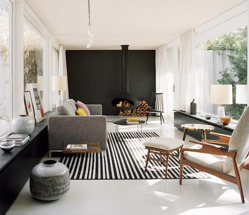 Black Walls White Fireplace Google Search Black Living Room Accent Walls In Living Room Black Accent Walls