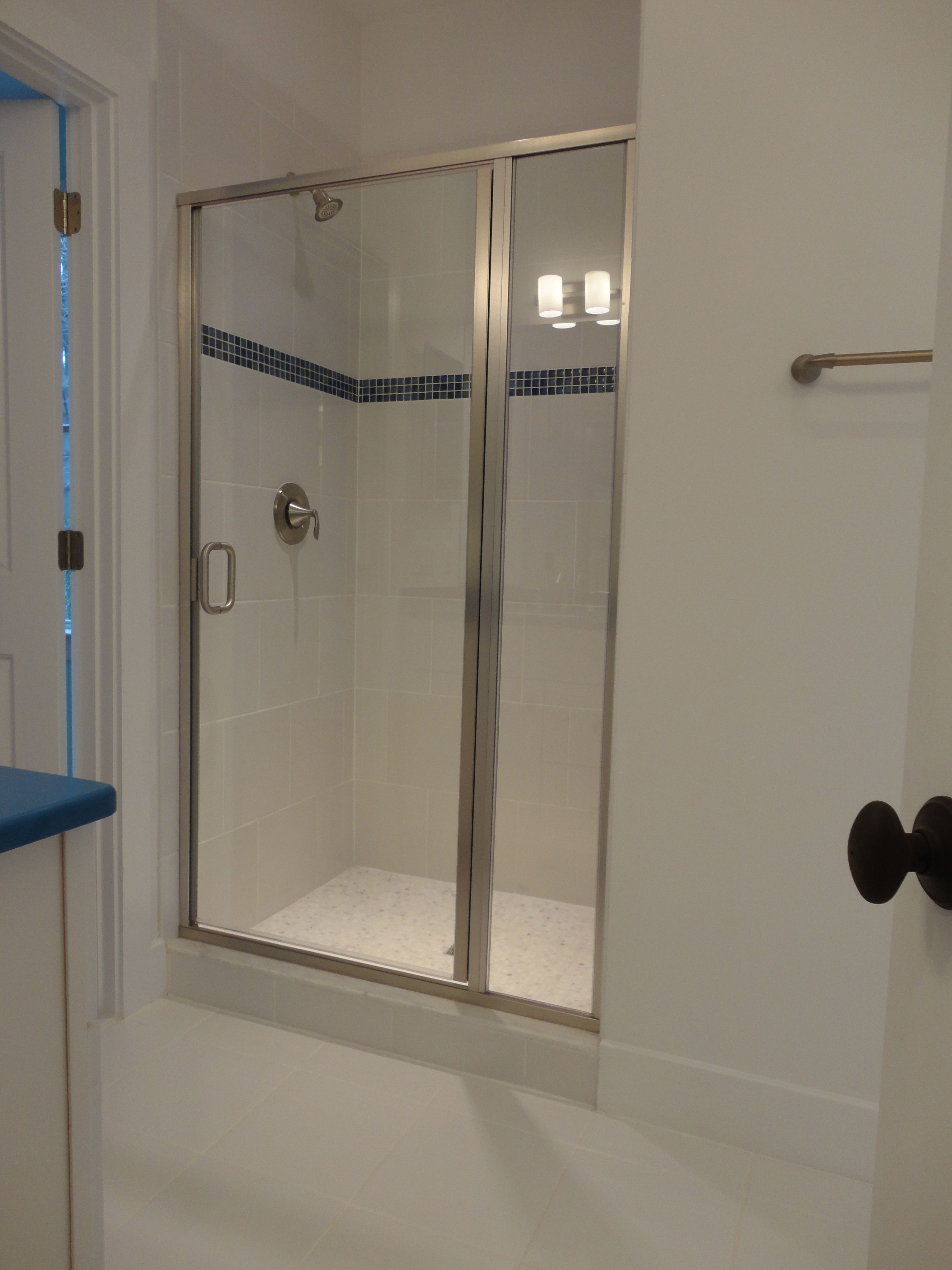 Semi Frameless Shower Door Opening Edges Of Glass On The Door Has No Frame And Comes With Pull Handle G Semi Frameless Shower Doors Shower Doors Glass Shower
