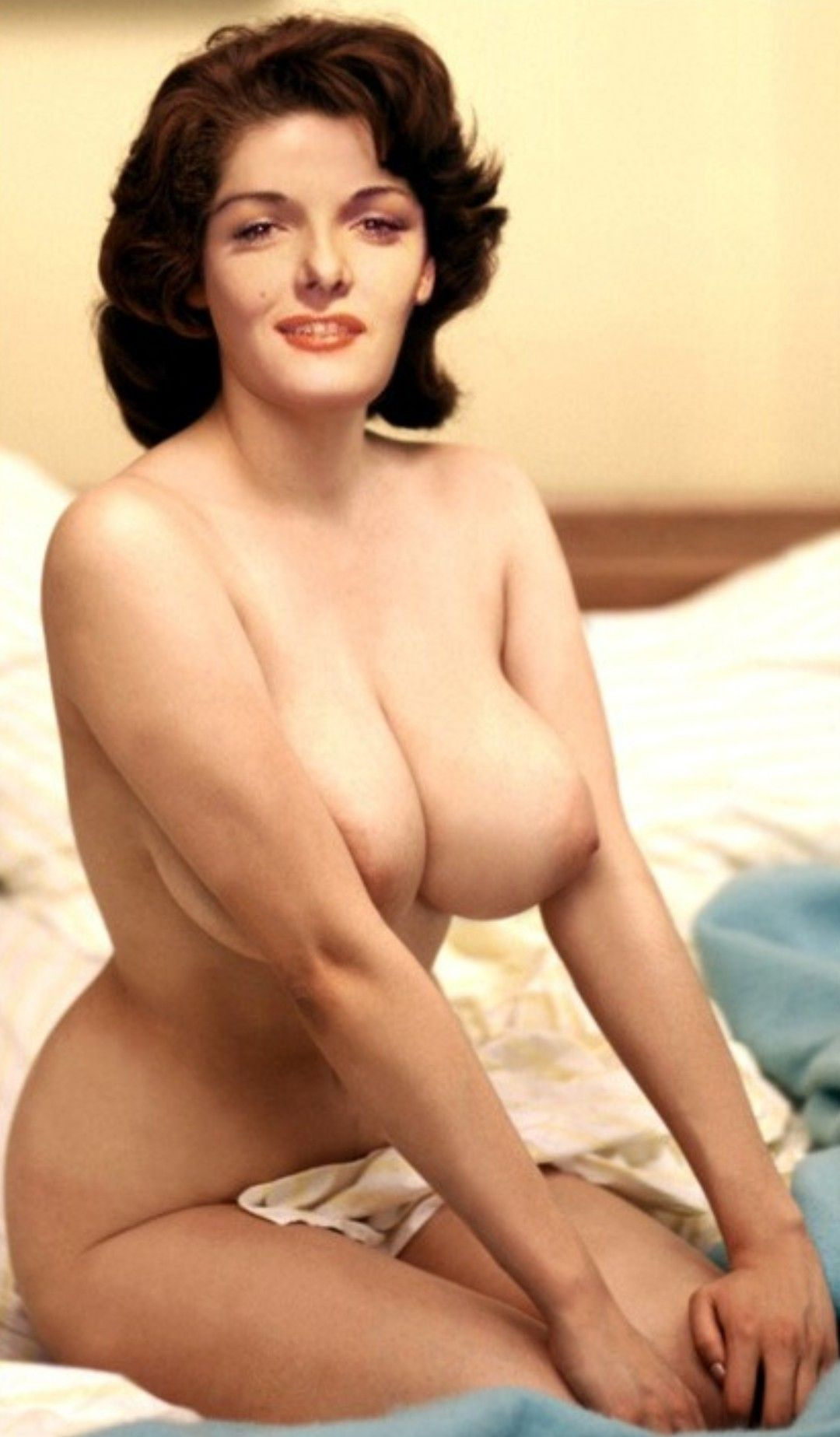 Jane nude russell