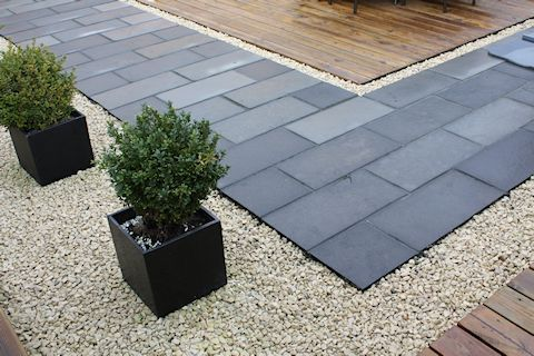 laying flagstone patio