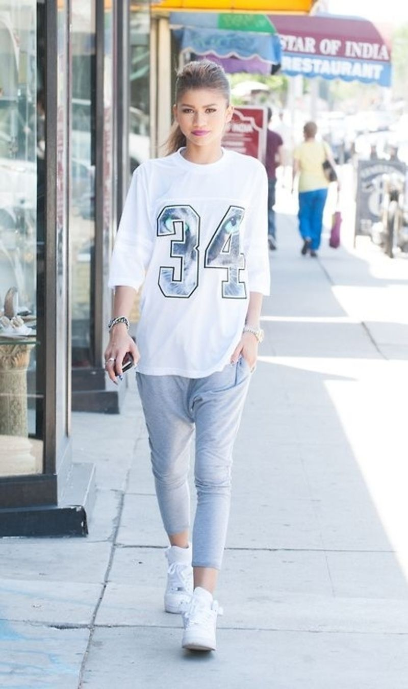 736d1effd5c2 9  Street Style Ways to Look Tomboy Chic ... Zendaya Fashion