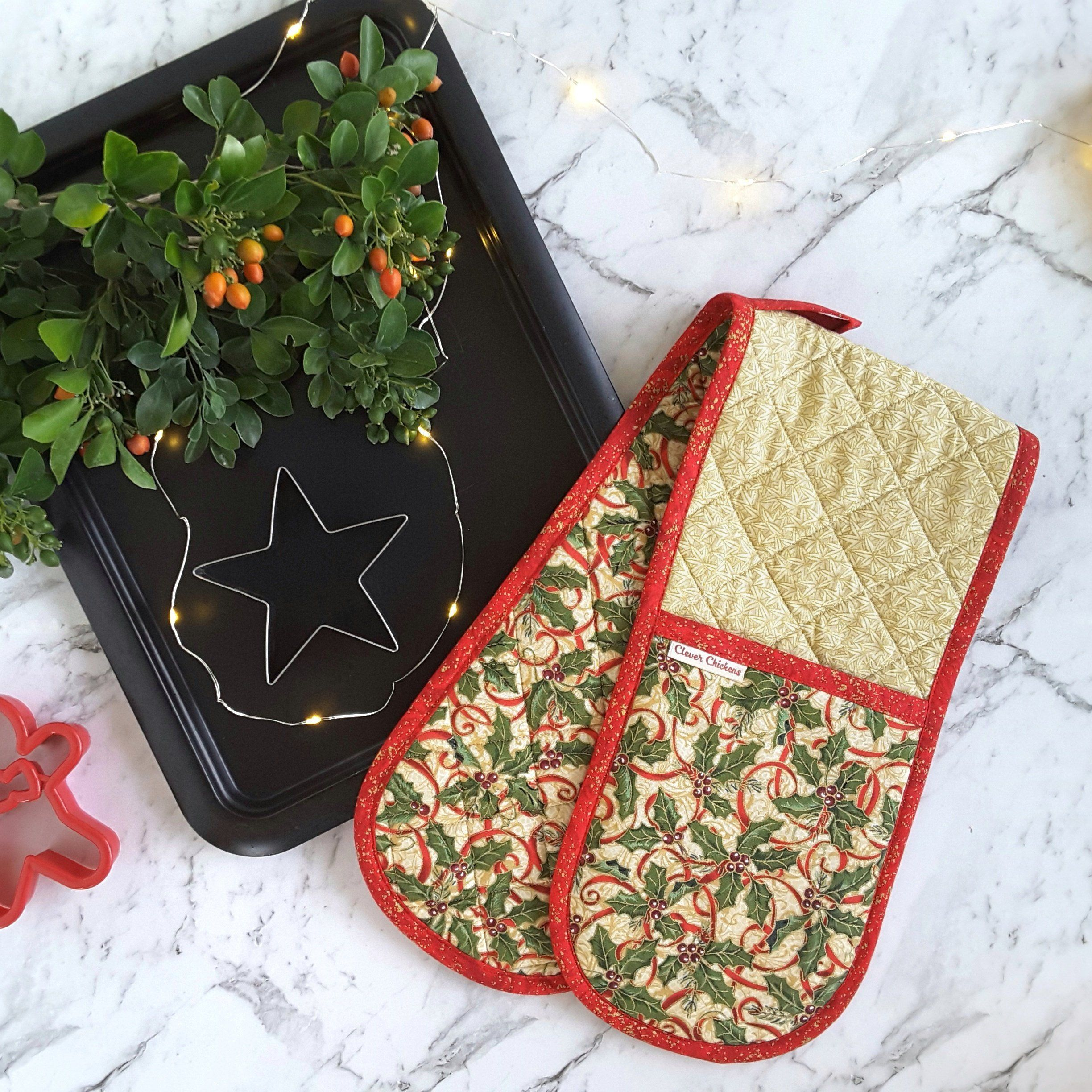 Christmas Oven Glove Holly Oven Mitt Holiday Potholders Beige Cream Red Country Christmas Home Decor Hostess