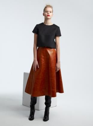 85cce3d62 Burnt Orange Long A-Line Leather Skirt - Last one. Finde diesen Pin und  vieles mehr auf Young British Designers ...