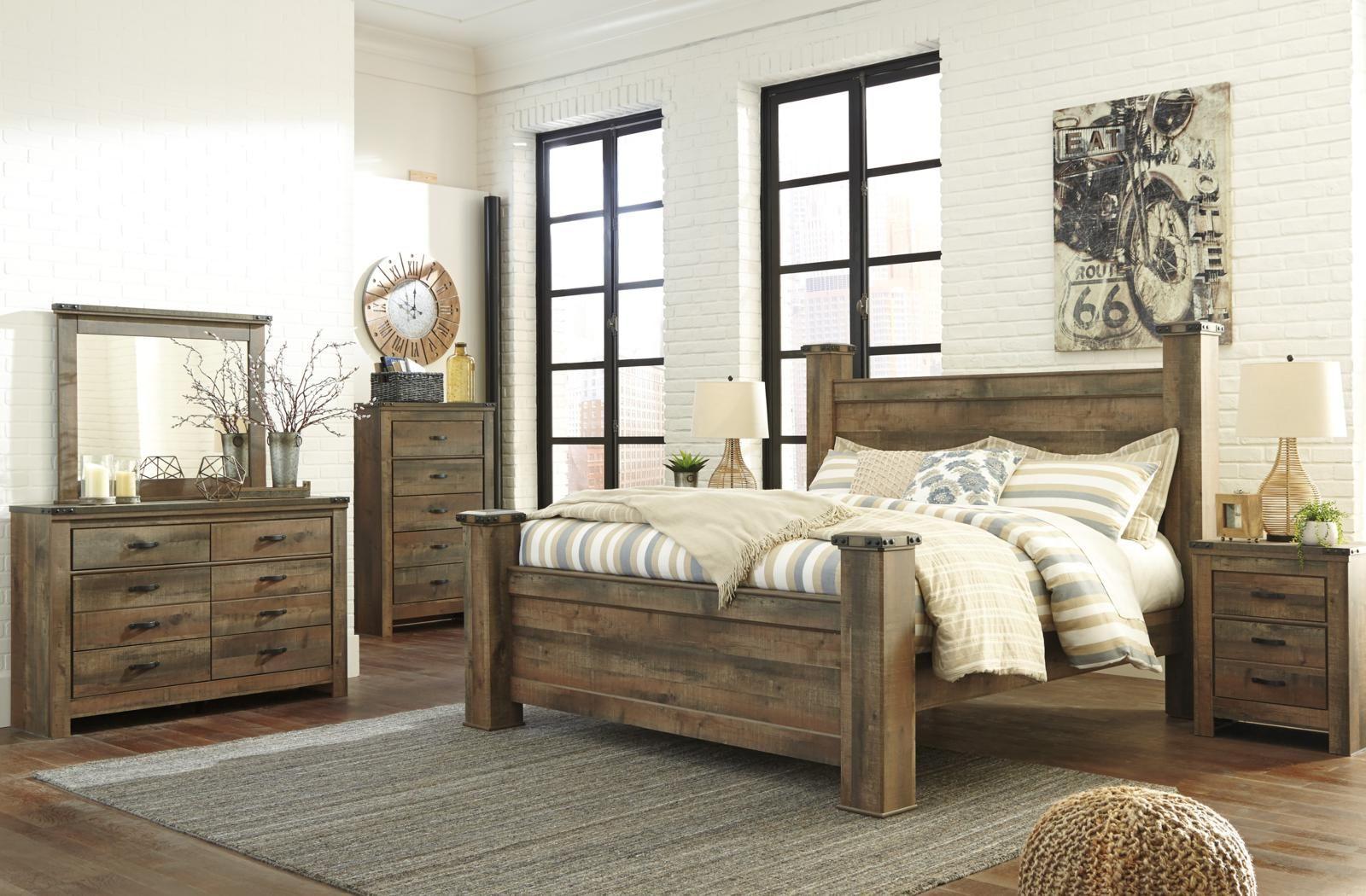 Trinell 4 Piece Poster Bedroom Set In Warm Rustic Oak King Bedroom Sets Rustic Bedroom Furniture Bedroom Set