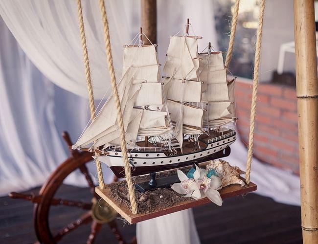 Beach Themed Wedding Reception Decoration Ideas Part - 41: Beach Themed Wedding - Small Ship Model On A Swing