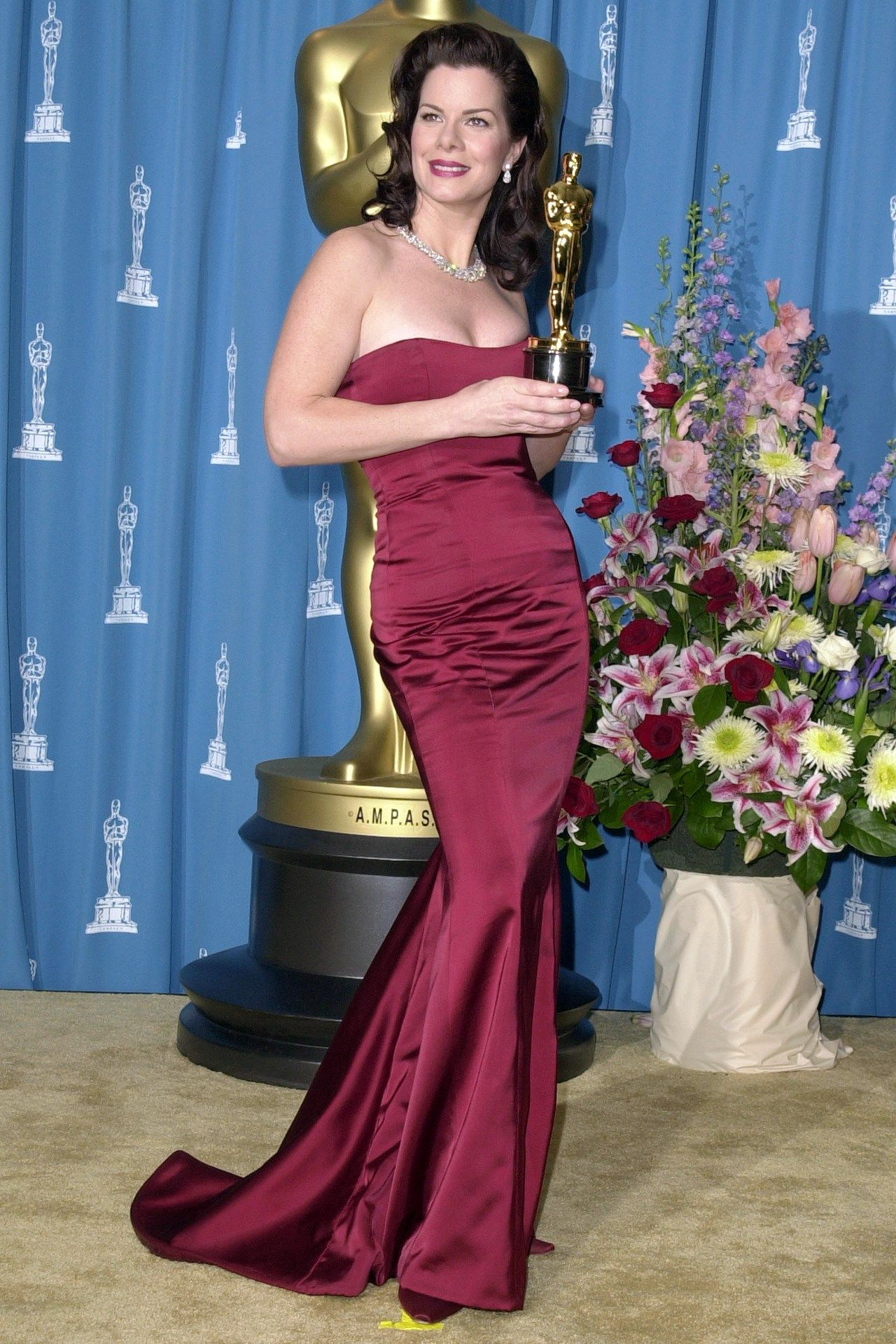 ebff92a7a3760 2001  Best Supporting Actress Winner  Marcia Gay Harden for Pollock The  Dress  A Randolph Duke fishtail dress. Photo By Getty