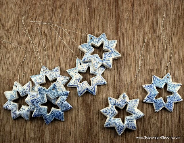 Pin by kika magica on do it yourself pinterest salt dough diy snowflake ornaments see how to make these salt dough snowflake ornaments for your christmas tree solutioingenieria Choice Image