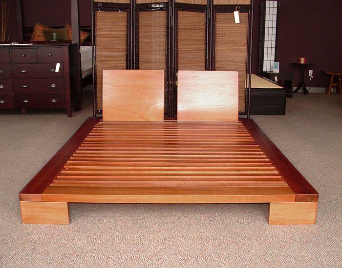 Domo Platform Bed In Honey Oak Finish