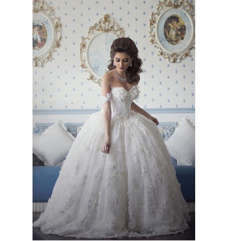 Wedding dresses ball gown sweetheart  You must love this Romantic Beaded Flowers Lace Wedding Dresses