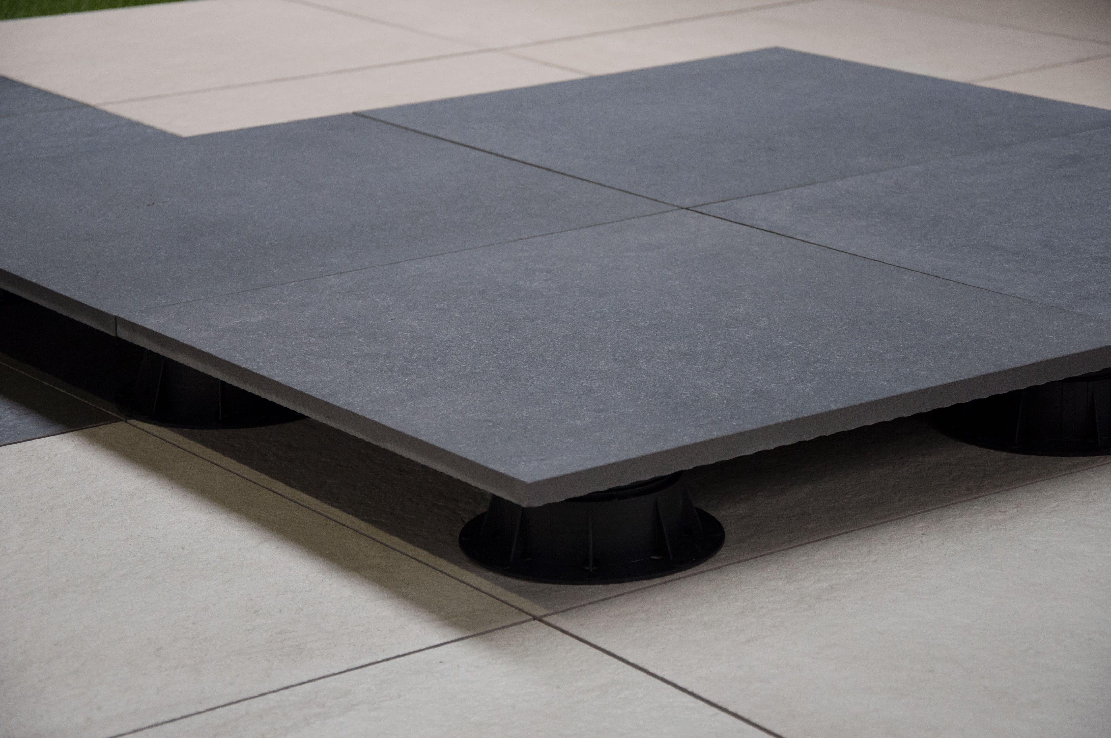 Feinsteinzeug Terrasse Granitkeramik Terrassenplatte Xantos Neu
