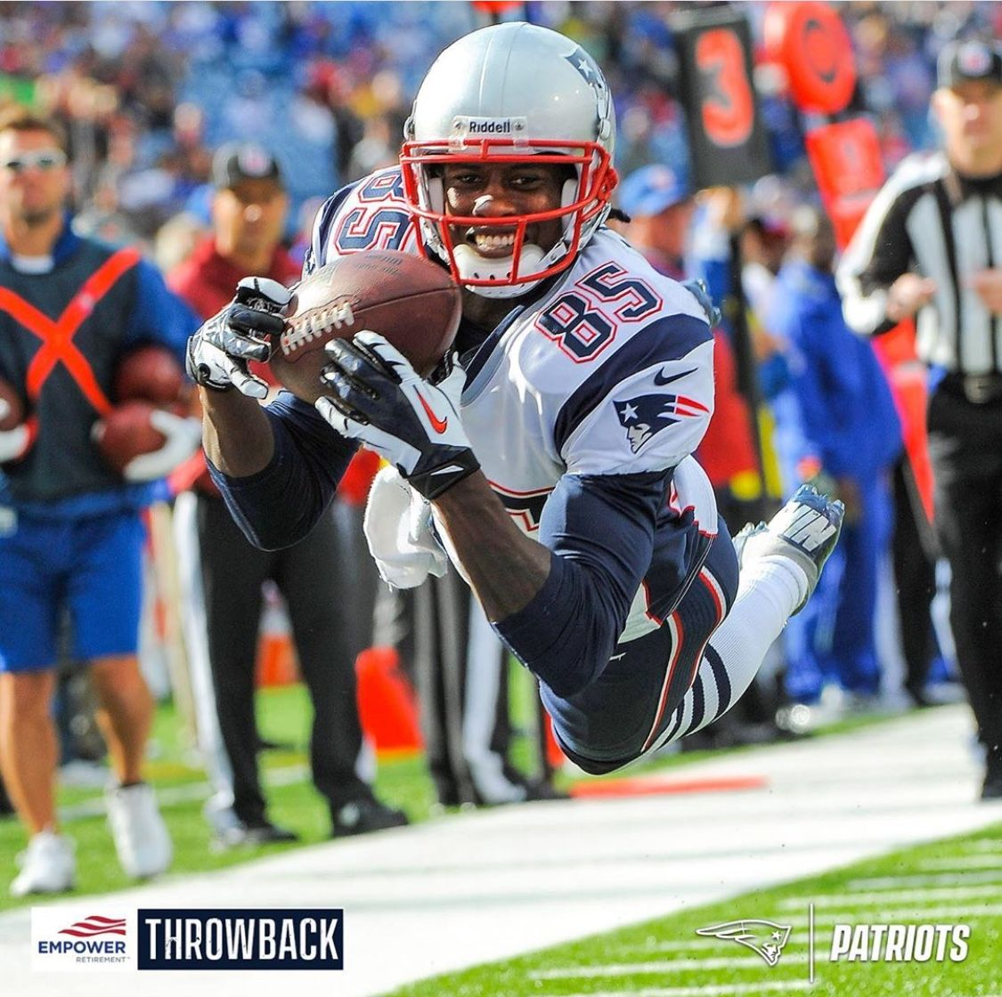 Brandon Lloyd With The Hilarious Catch Look At That Smile He Was A Solid Wideout Football Helmets New England Patriots Boston Sports