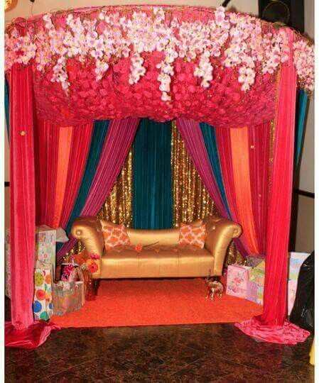 Cute Colors Bride Groom Pictures Groom Pictures Wedding Places