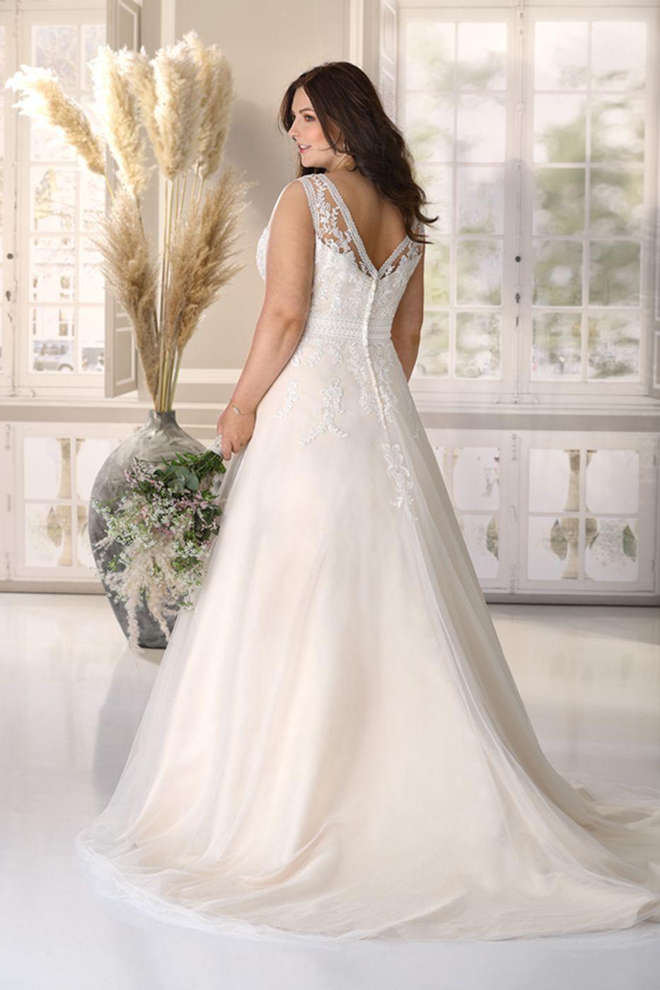 Brautkleider XXL - Hochzeitskleider XXL by Ladybird Brautmoden in