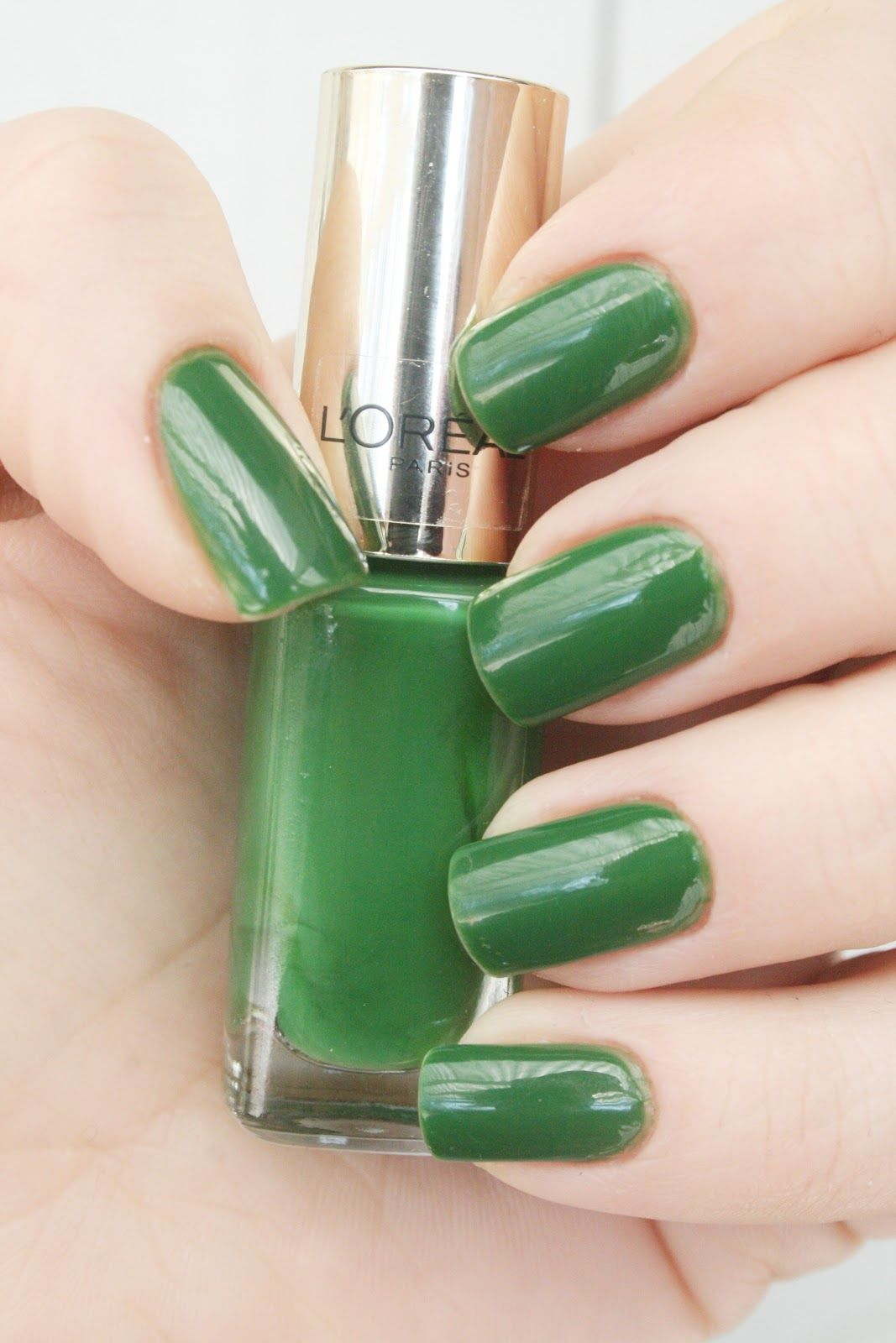 L Oreal Green Couture It S Kind Of Ugly But Got A Wicked Witch The West Vibe