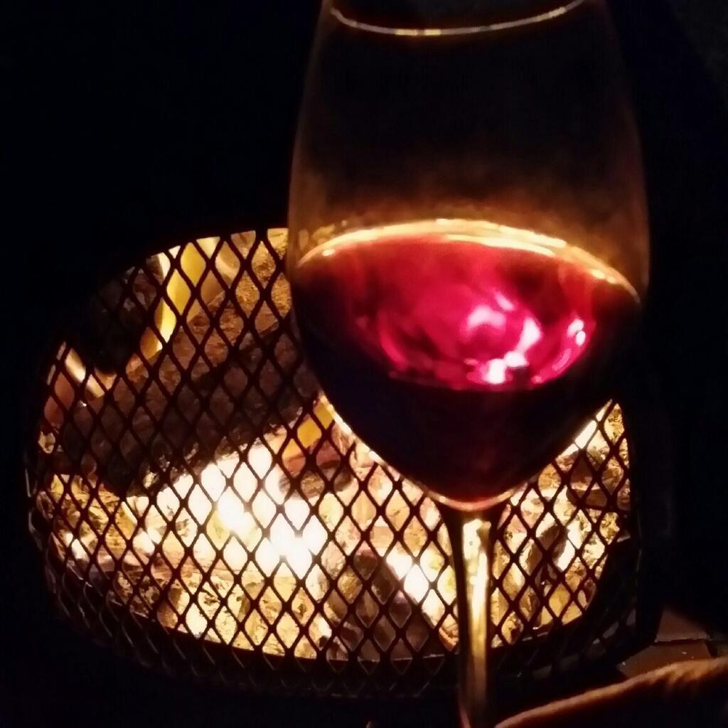The Wine Wankers On Twitter Wine Pinot Swirl