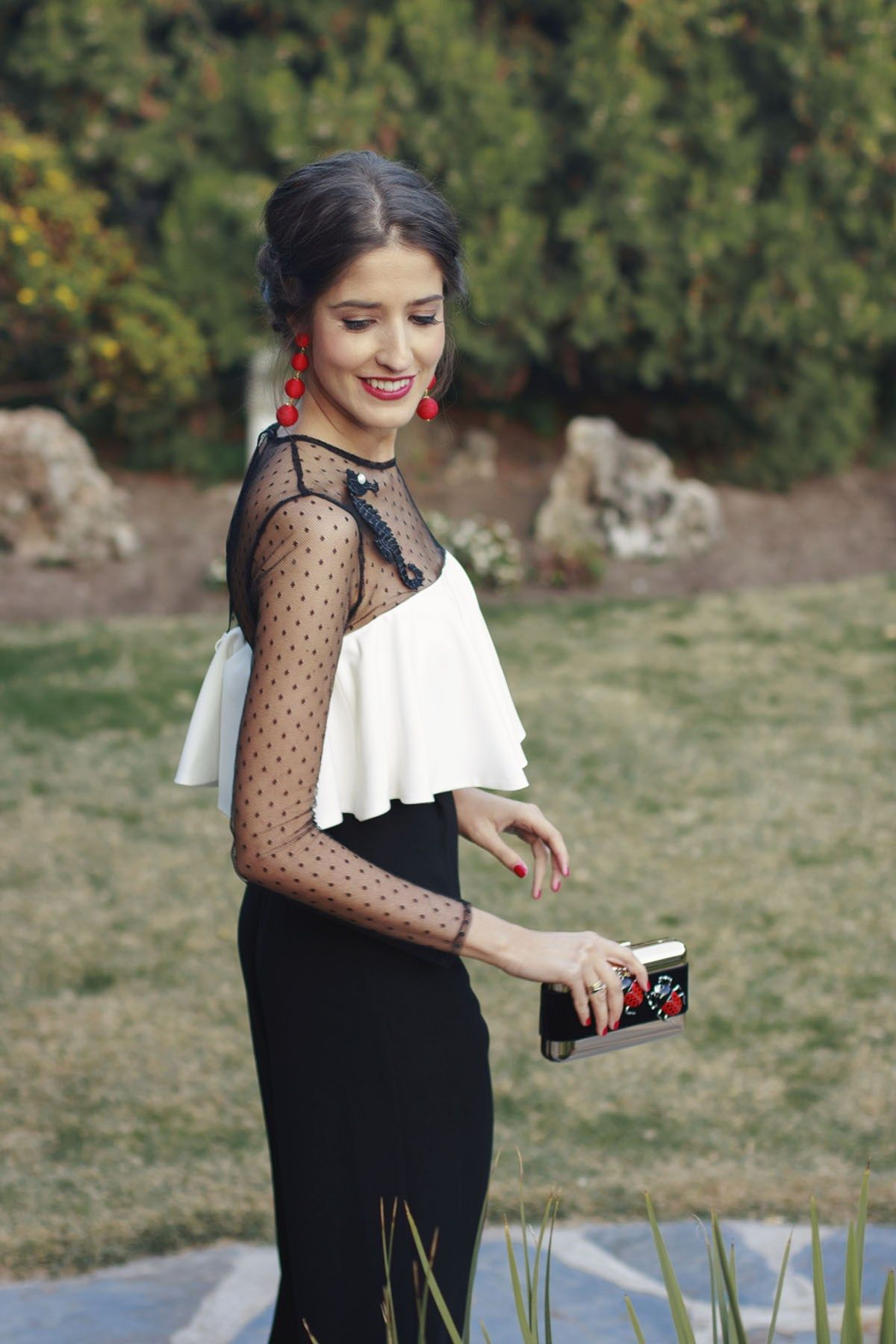 0395fbc3a6 Mono invitada boda fiesta blanco negro tocado pamela rojo Vestidos De  Fiesta Blancos