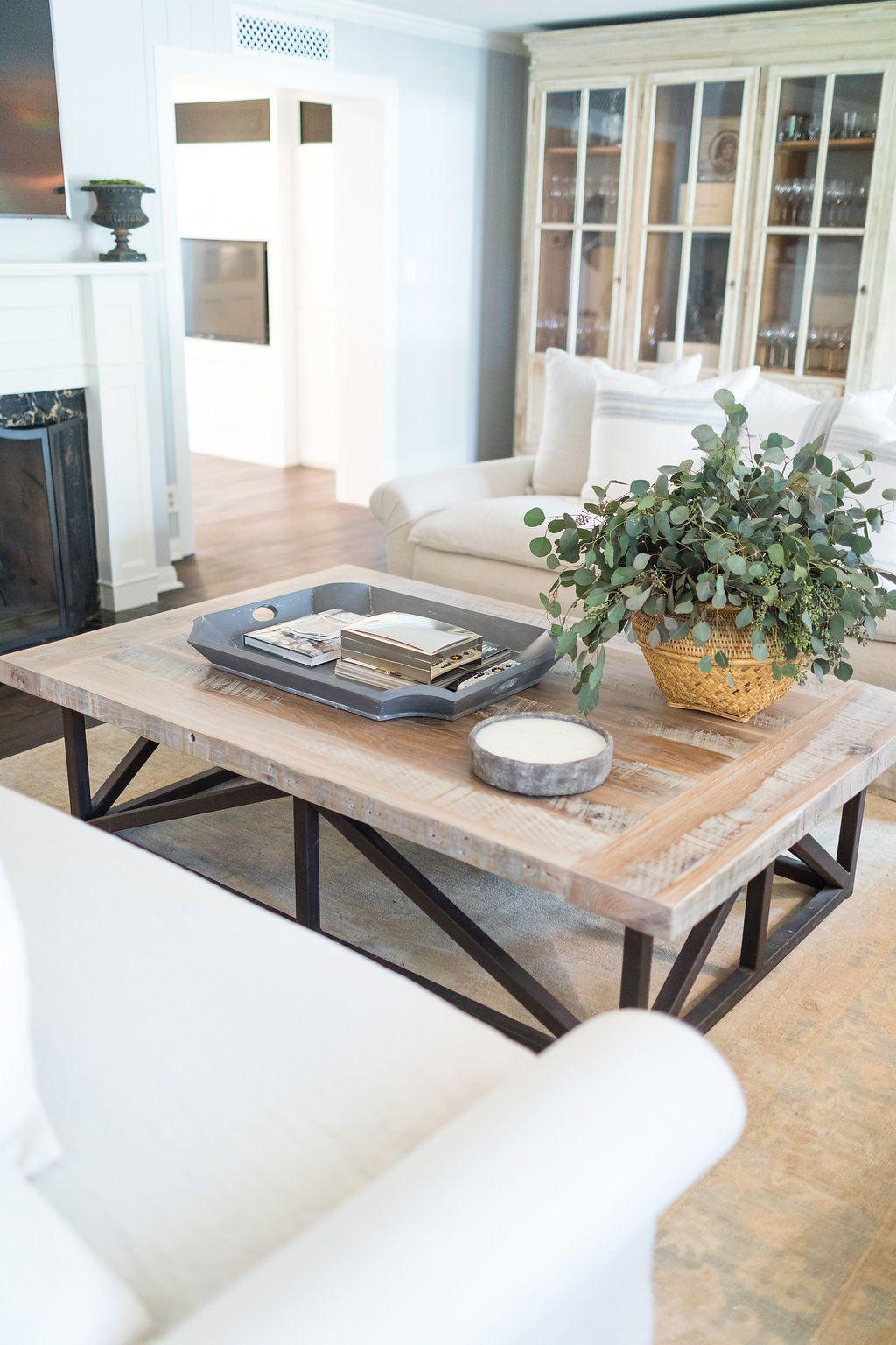 White Sofa Tricks Tv Decor Phoenix Homes Sofas Family Room Decorating