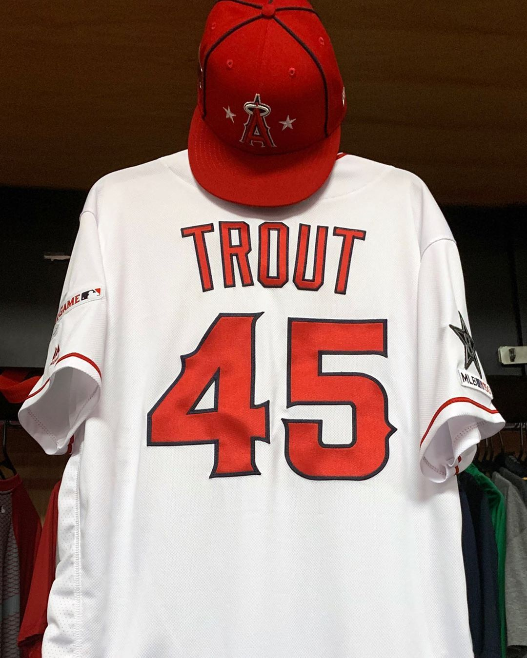 Los Angeles Angels A Tribute To Tyler Skaggs At The Allstargame Miketrout And Tommy La Stella W Los Angeles Angels Mlb American League Los Angeles