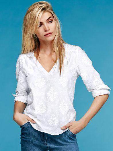 e7664f9508d0b5 Stickerei Shirtbluse Trendline: Bluse mit raffiniertem Schnitt und  ornamentalem Muster. Aus reiner Baumwolle. – shirt blouse, ornamental  pattern, ...
