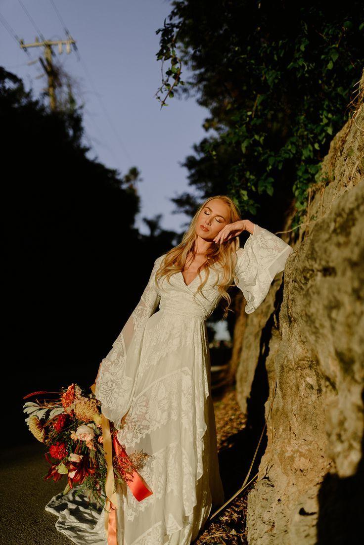 Inspo de mariage d'automne bohème | Rue De Seine Bridal | Bouquet de mariage d'automne shop Boutique de mariage A & Bé   – Bohemian Bridal