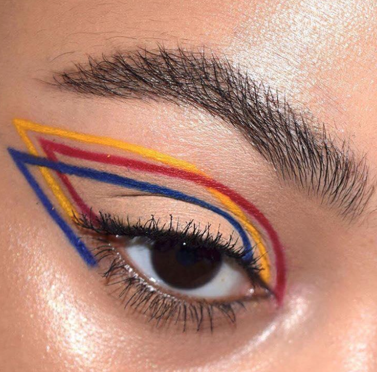 Photo of How to wear the graphic eyeliner.