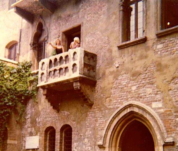World At A Glance O Romeo Romeo Wherefore Art Thou Romeo Voyage
