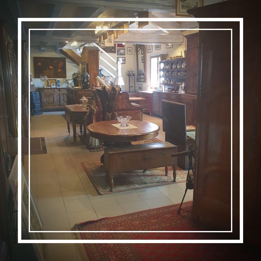Restauration Meubles Anciens Vosges Napoli Antic En 2020 Mobilier De Salon Restauration De Meubles Anciens Meubles Anciens