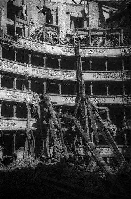 Teatro alla Scala - Wikipedia nel 2020 | Scale, Teatro