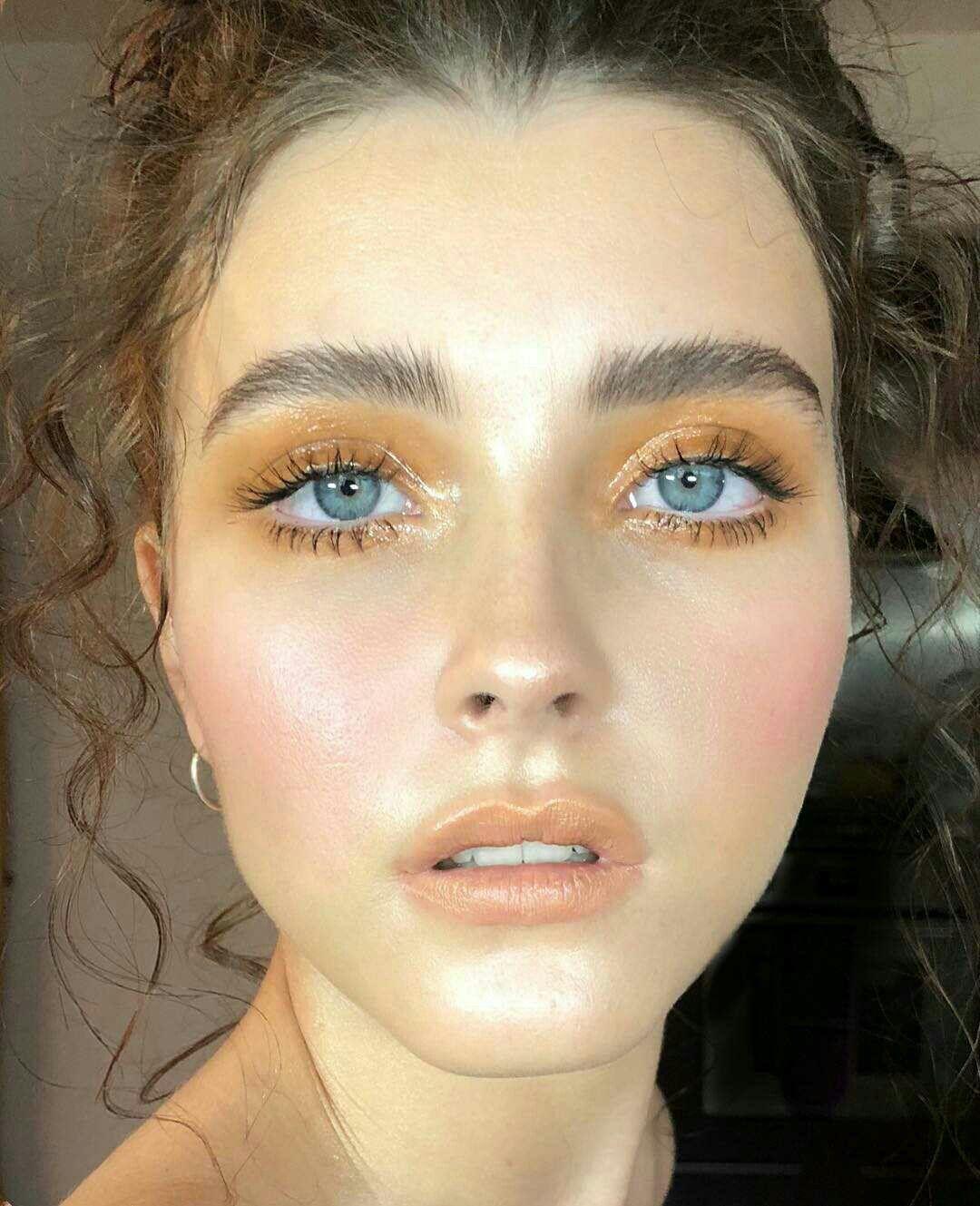 70s Makeup Look Pretty Makeuplooks With Images Skin Makeup