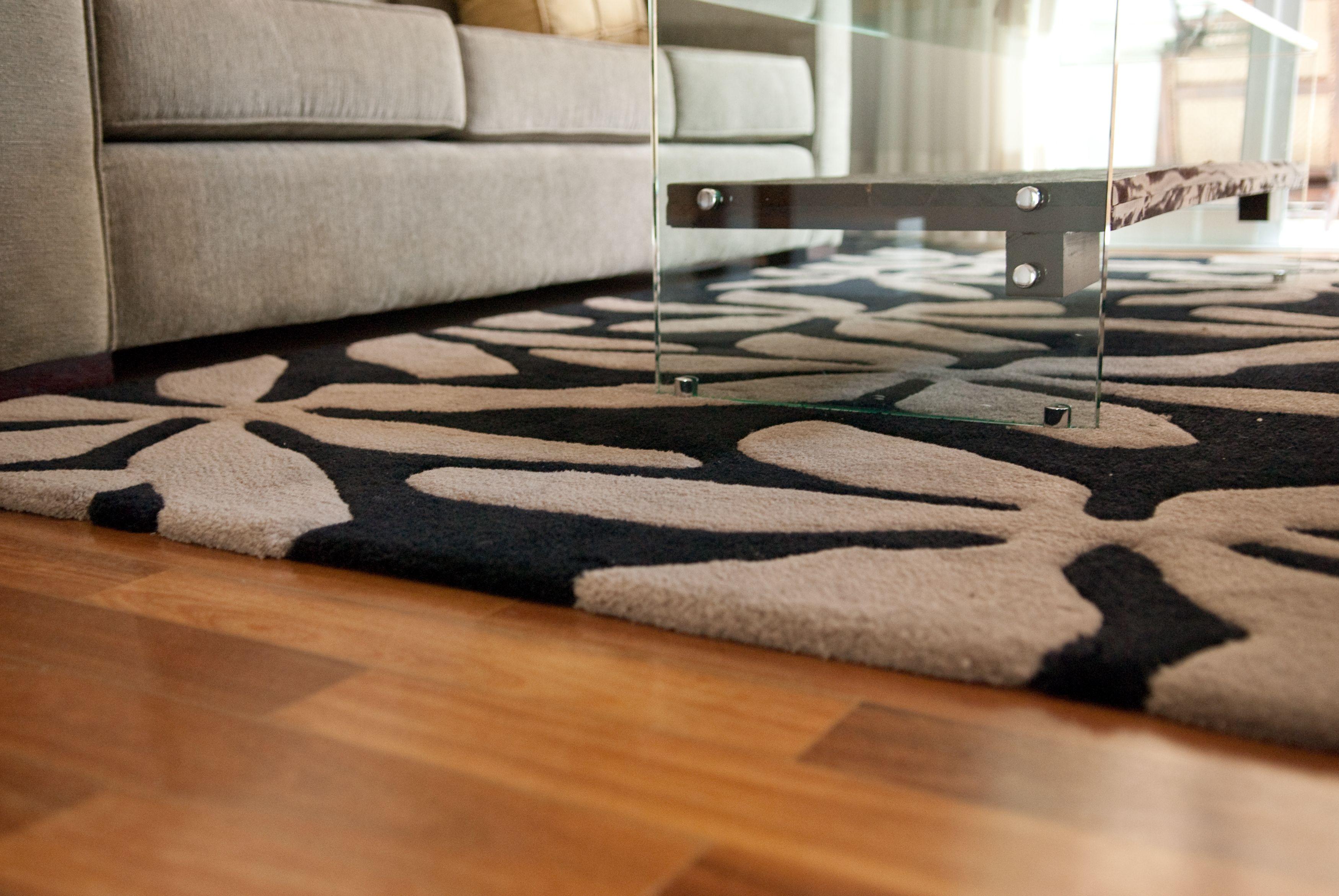 Santa Monica Tapetes E Carpetes Modelo Minueto Ambientado Por Mauricio Groke Preto Pedra Tapete Carpete Santa Monica Deco Tapetes Tapete Tamanho Do Tapete