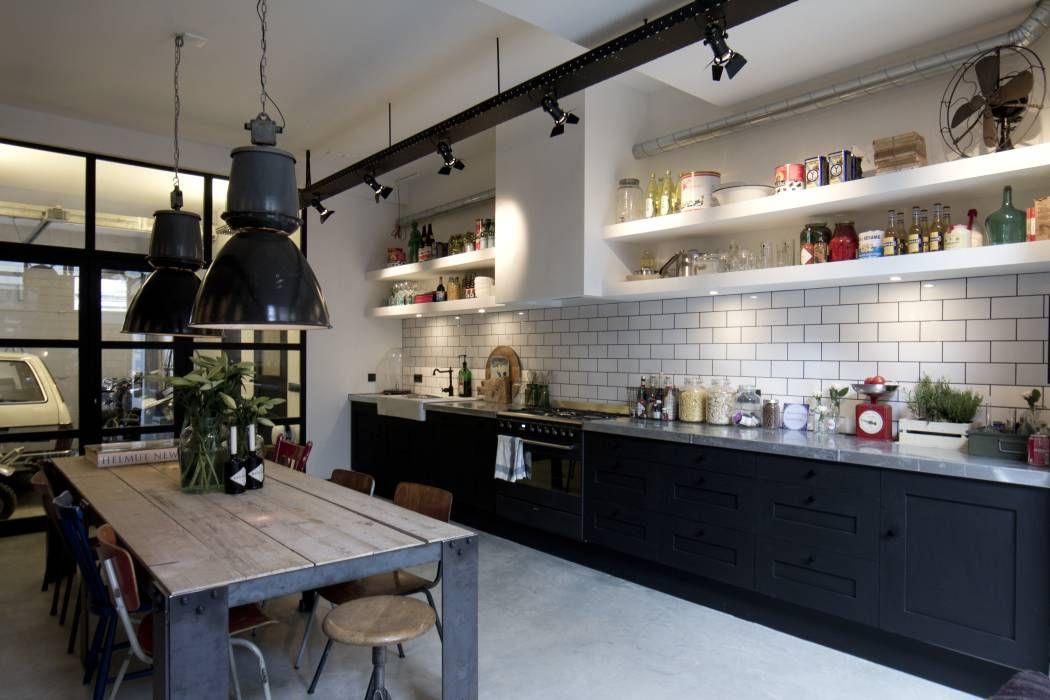 Chique Industriele Keuken : Garage loft keuken door bricks studio home sweet home wish list