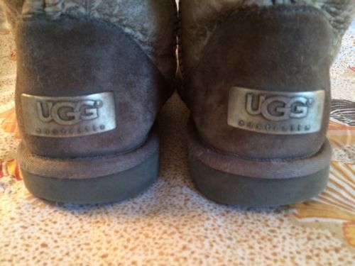 UGGs ClaSSiC ShoRt GraY SueDe BooTs 5831 PaiSleY PrinT WoMeNs Sz 6 L@@@K!