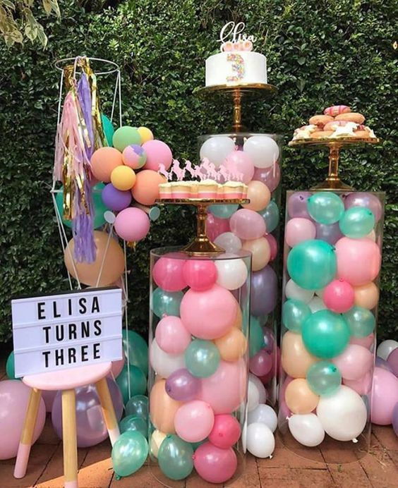 "The Party Bebe – Emily Jabour on Instagram: ""??? How gorgeous is this unicorn party we spotted over on @houseofpartyonline?! Those balloon-filled stands are incredible!  Styling +…"""