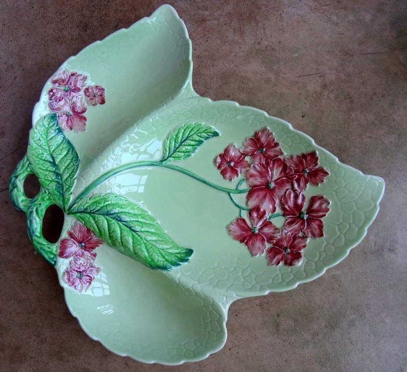 Leaf design china conserve pot Vintage Carlton Ware