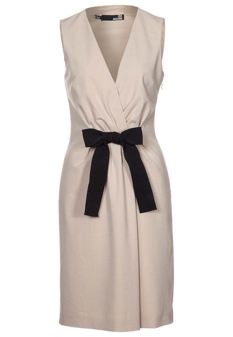 Zwart jurkje met witte strik