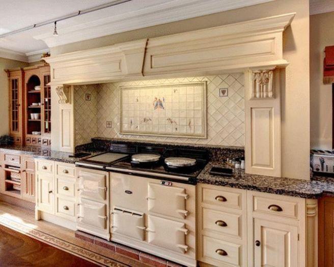 Best Kitchen Luxury Traditional Beige Brown Cream Ivory Kitchen 400 x 300