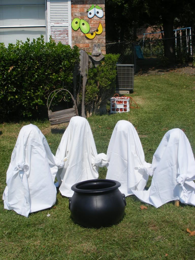 26 Inexpensive Halloween Decorations Ideas Pinterest Chiayo Snack Energy Ballcup Mix Ghosts