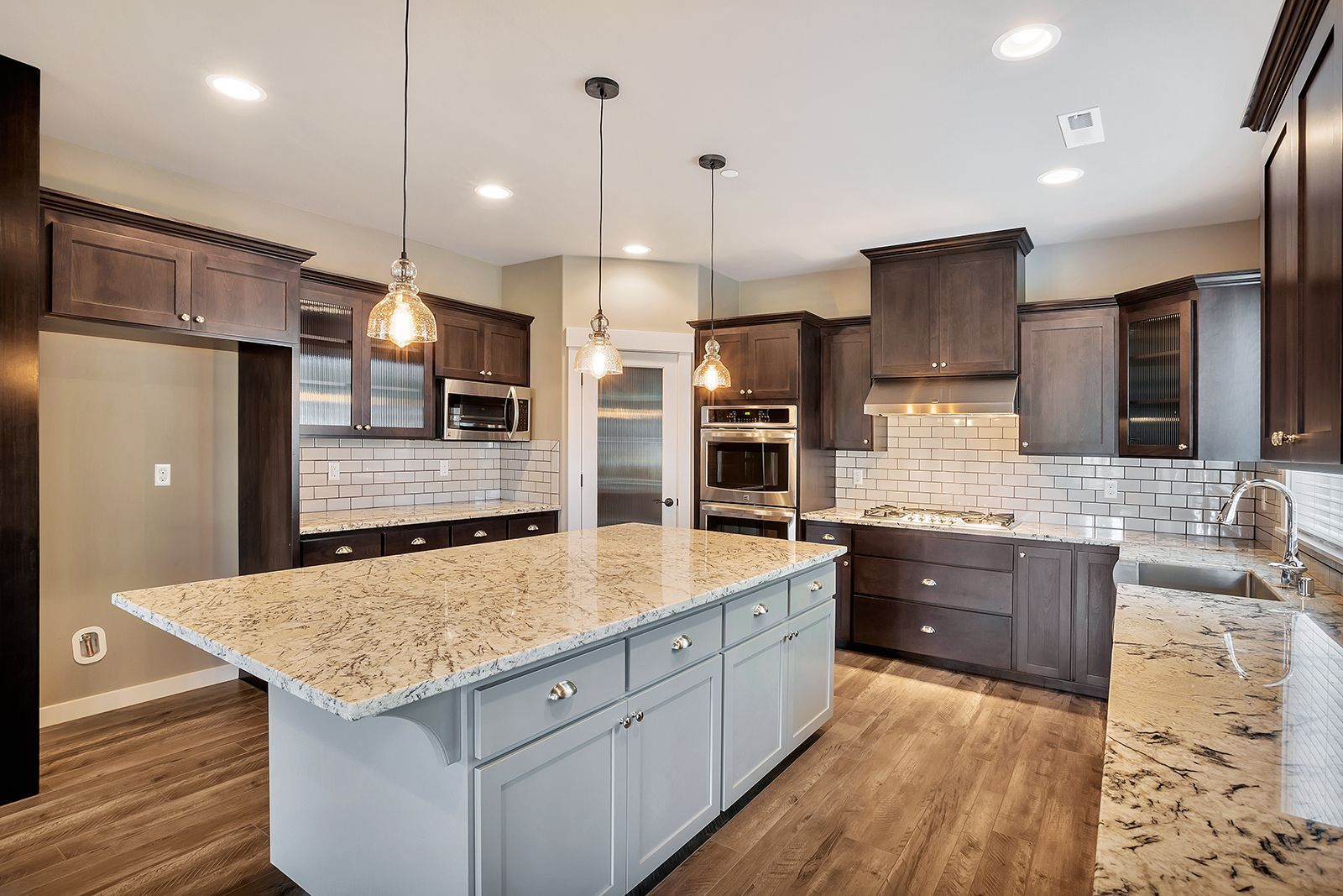 Sears Kitchen Cabinets In 2020 Buy Kitchen Cabinets Kitchen Cabinets Upgrade Contemporary Kitchen Cabinets
