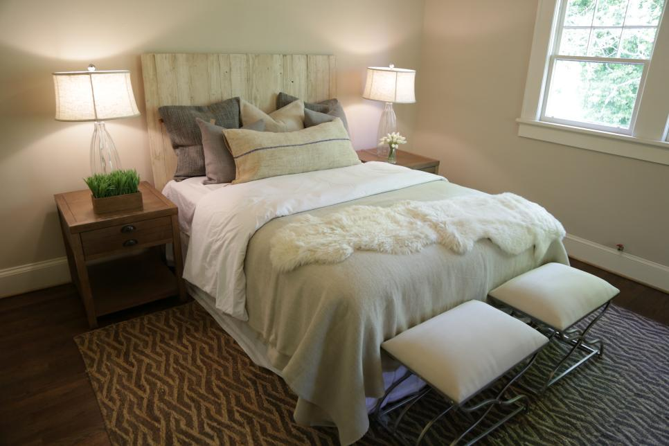 30 Hgtv Bedroom Makeovers Hgtv With Images Bedroom Design