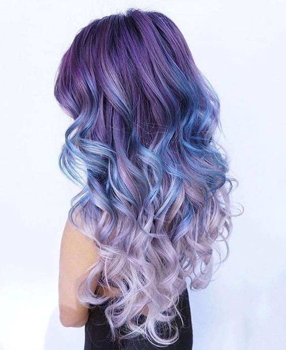 Pastel Renkli Ombre Saç Modelleri Ve Saç Renkleri Dalgalı Saç
