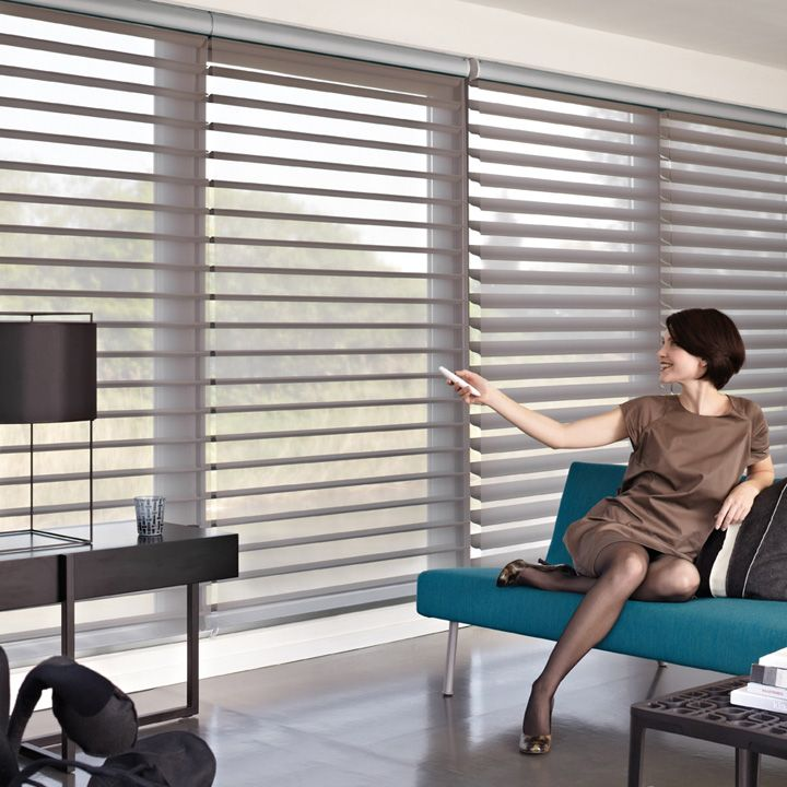 store motoris silhouette luxaflex rideaux stores. Black Bedroom Furniture Sets. Home Design Ideas