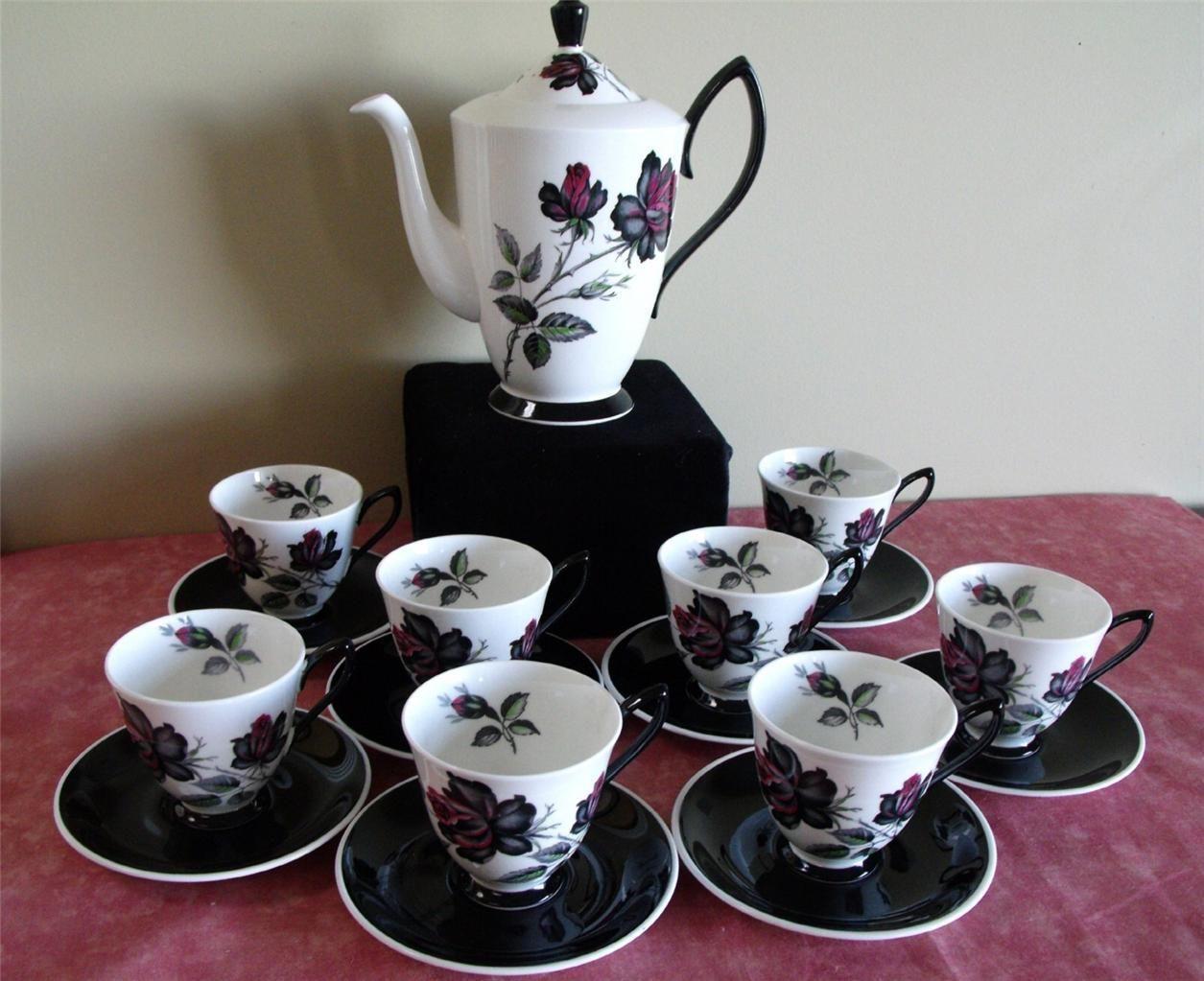 Royal albert bone china tea cup amp saucer winsome pattern ebay - Strikingly Beautiful Royal Albert Masquerade Coffee Set Bone China England Ebay
