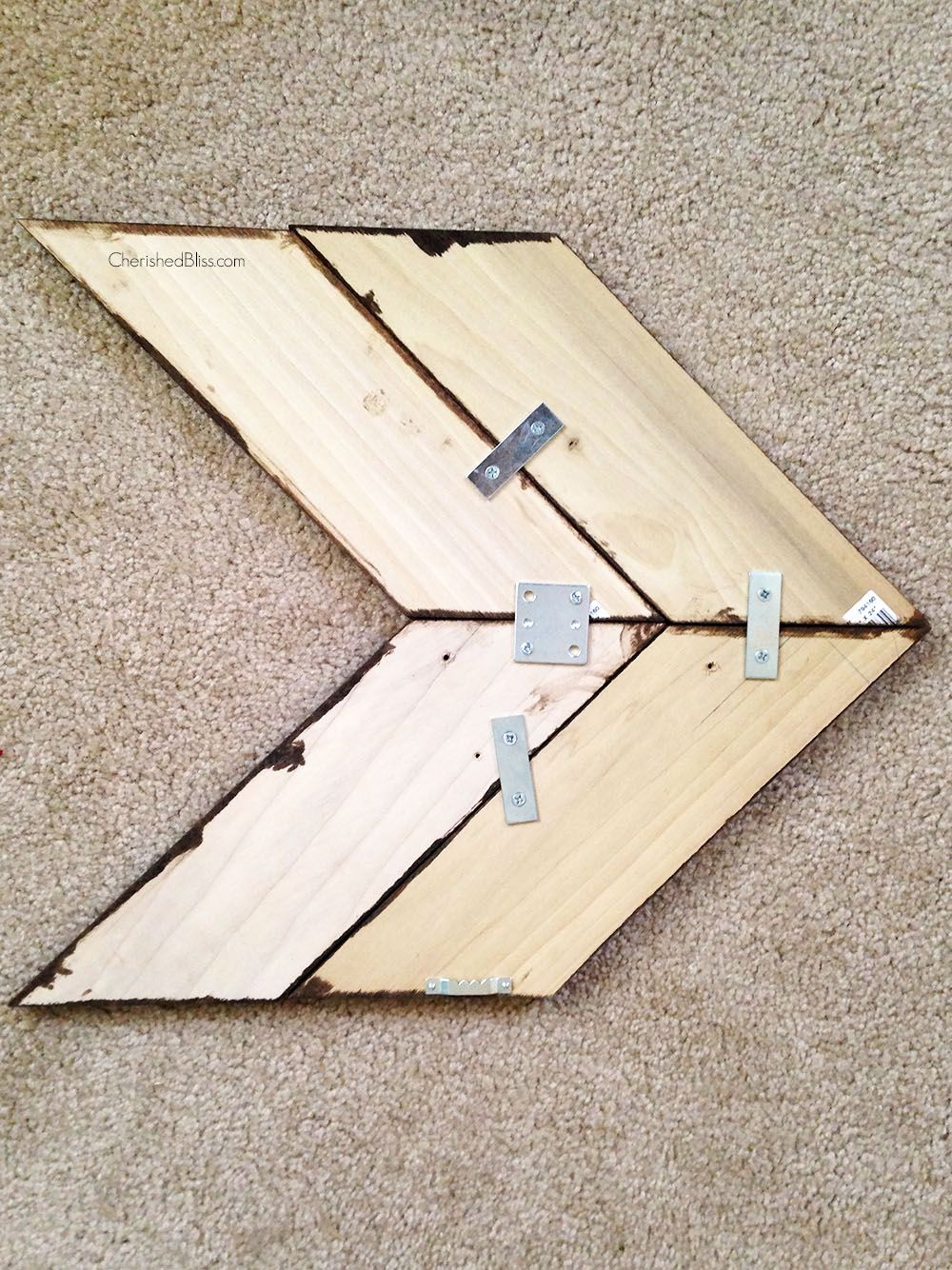 Diy Wooden Arrow Tutorial Wooden Diy Wood Diy Wooden Arrows