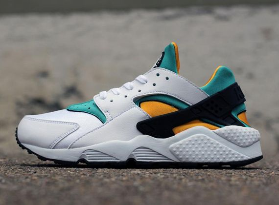Nike og huarache teal/gold should be here very soon!